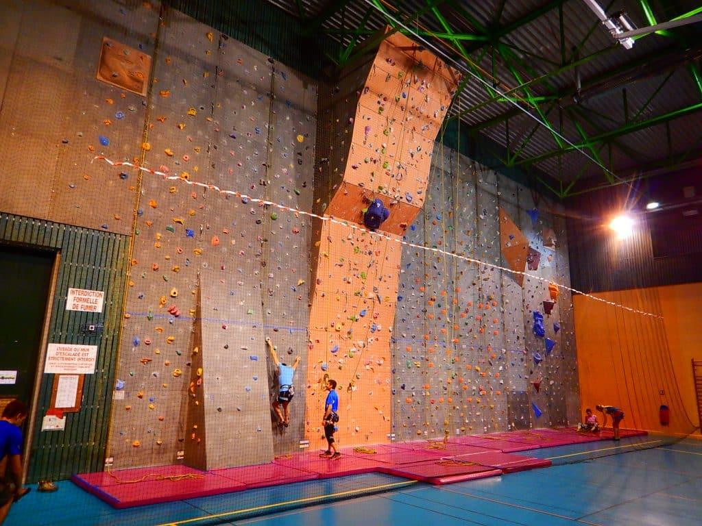 Salle escalade Annecy Cran Gevrier Lycée Baudelaire Monté Médio