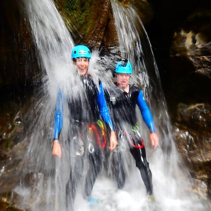Les cascades masseuses du canyon de Montmin