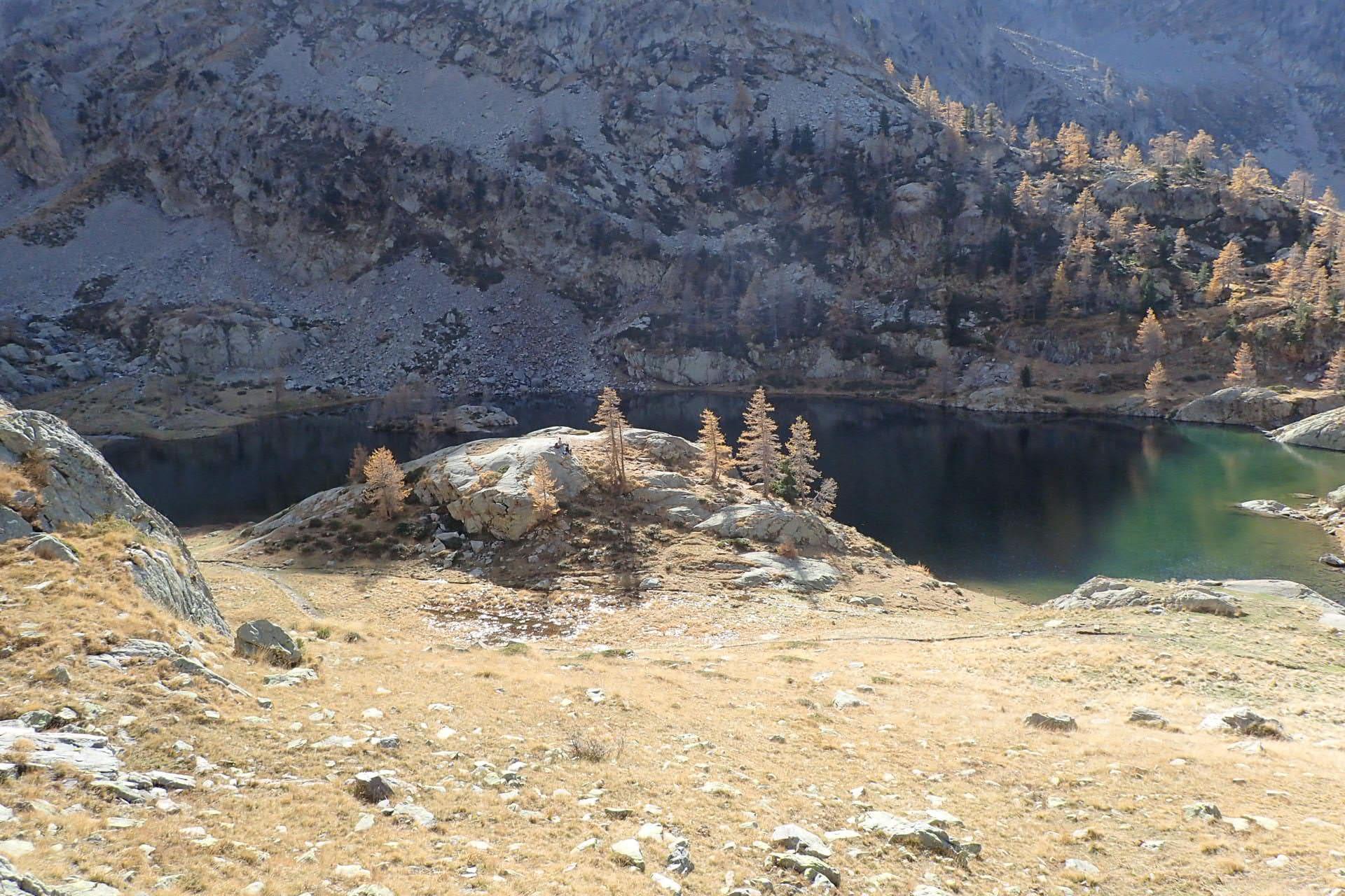 Randonnée dans le Mercantour Lac de Trecolpas et refuge de Cougourde