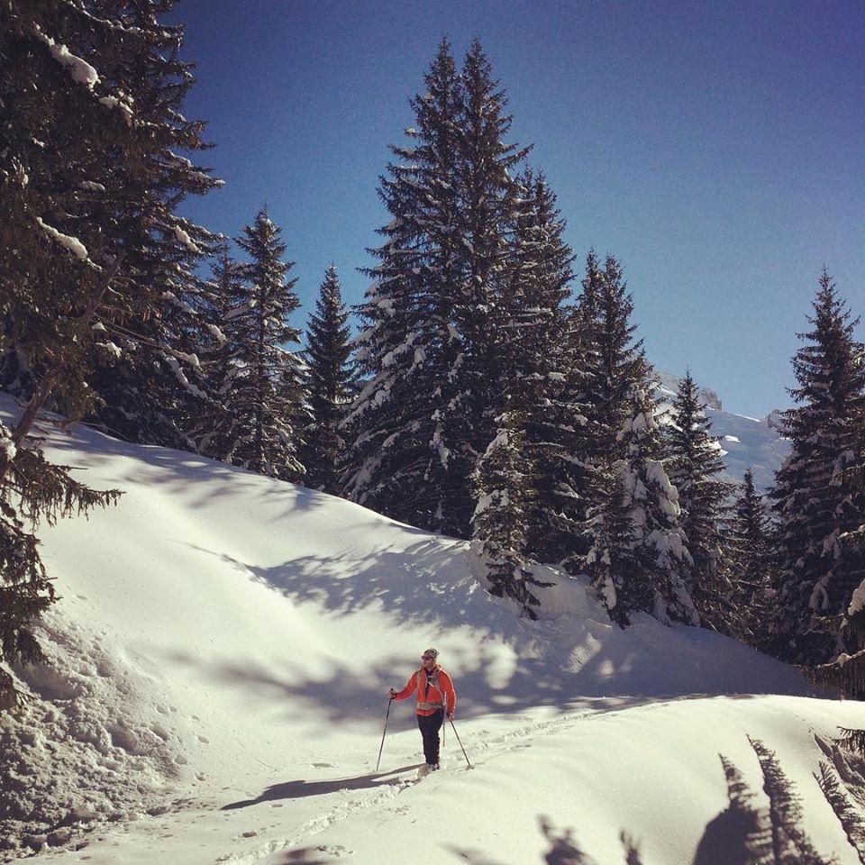 Bastien en ski de rando à coté du Grand Bornand
