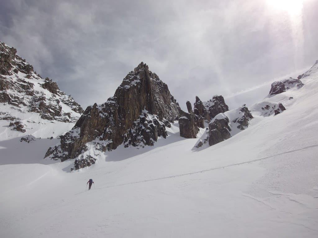 Ski randonnée dans le Mercantour : couloir Nord de la tête des Tablasses