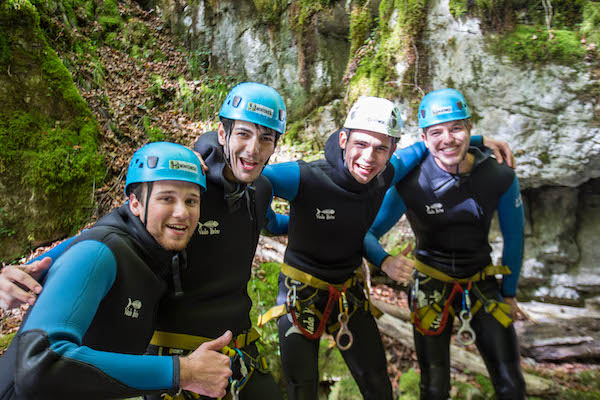 evg-annecy-canyoning-apero