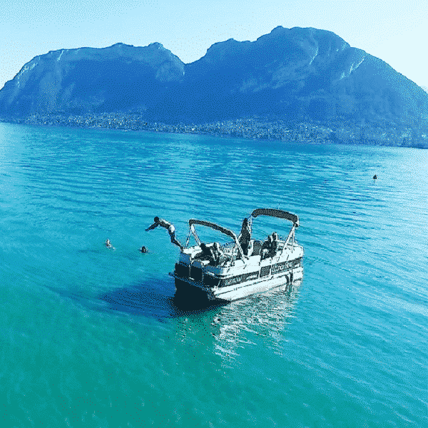 evg-annecy-apero-boat
