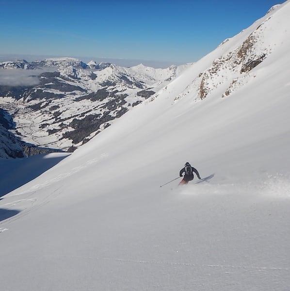 off-piste-skiing