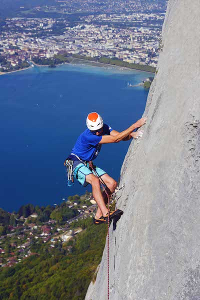 rock-climbing-annecy